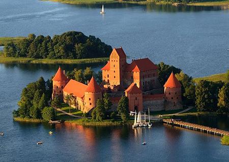 Tour to Trakai castle