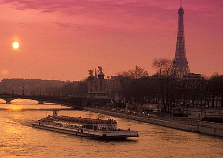 Crociera di notte di Parigi